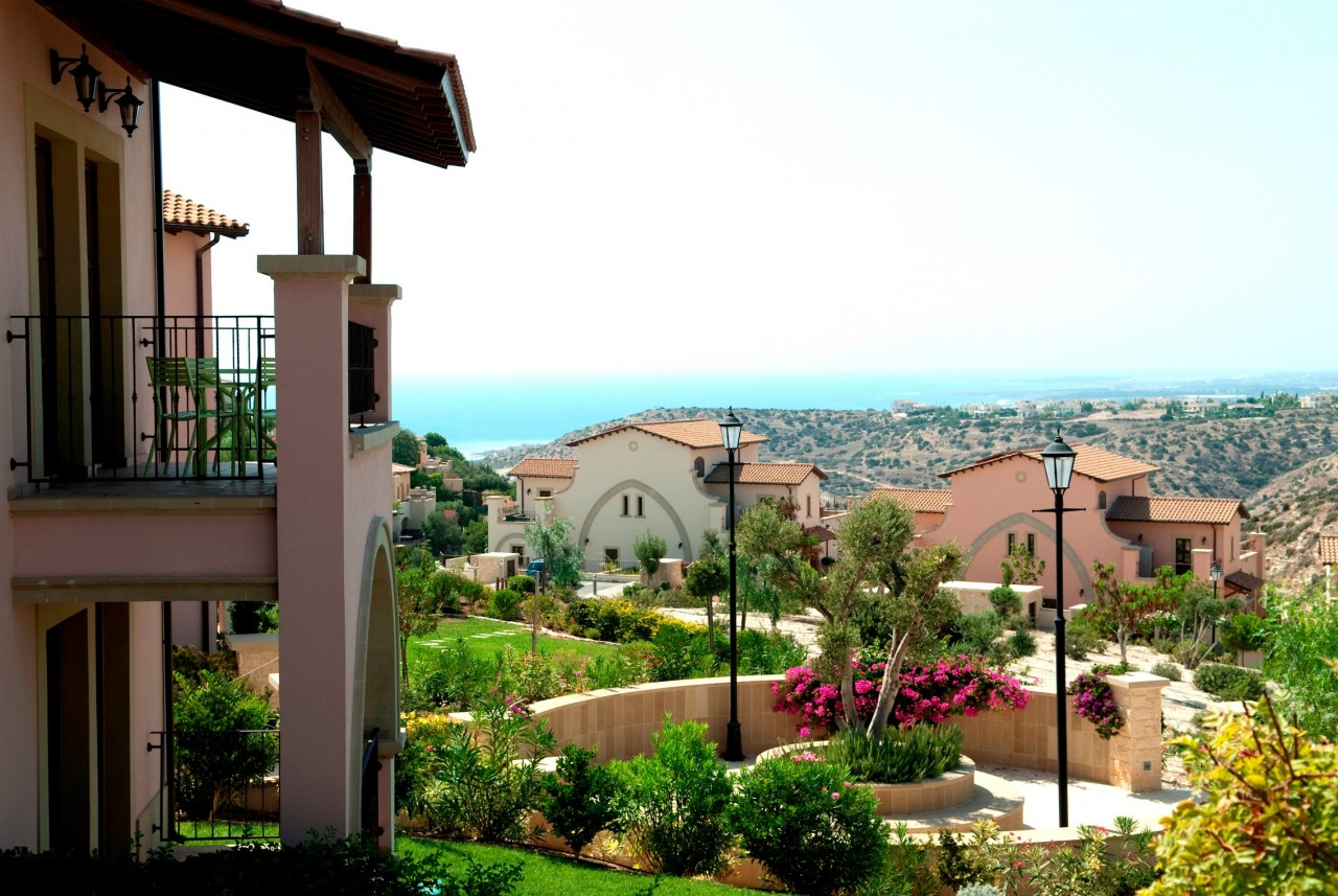 For Sale: Apartment (Flat) in Aphrodite Hills, Paphos    Key Realtor Cyprus