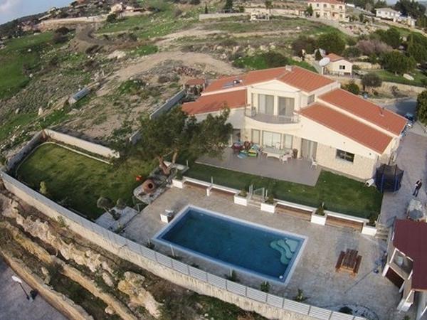 For Sale: House (Detached) in Parekklisia, Limassol  | Key Realtor Cyprus